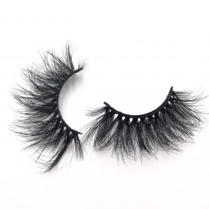 The best selling 20mm mink eyelash style DX15