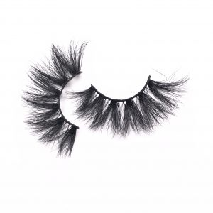 The best selling 25mm mink eyelash style DY012